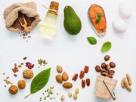 vista superior de alimentos gordurosos insaturados