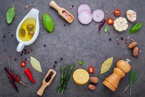 ingredientes frescos para bife