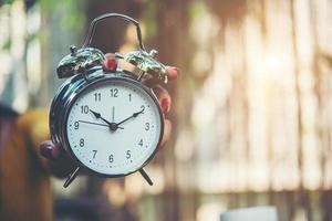 despertador, hora definida para 10h