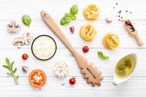vista superior de alimentos italianos frescos