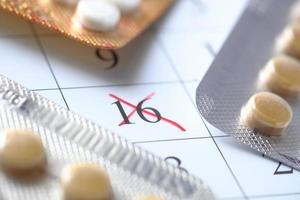 calendário com comprimidos