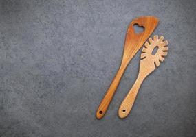 utensílios de madeira com espaço de cópia