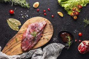 conceito de prato de carne foto