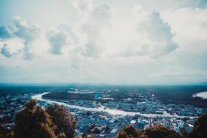 vista do ponto de vista de matsee na província de chumphon, tailândia foto