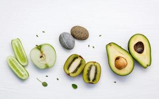 ingredientes crus para cuidados com a pele