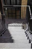 escada externa de um edifício