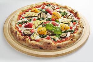 pizza com legumes foto