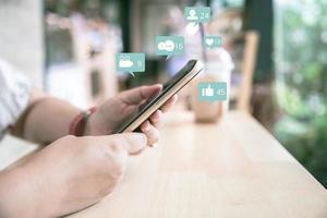 mídia social no telefone