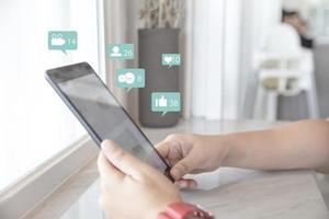 mídia social no tablet