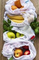 conceito de compras e culinária ecologicamente corretas, flat lay