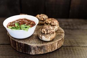 cogumelos com carne foto