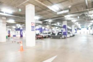 borrão abstrato estacionamento de carros foto