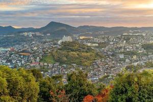 paisagem urbana da cidade de nagasaki no centro de Kyushu no Japão