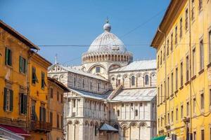 paisagem urbana da cidade de pisa no centro da itália