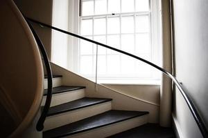 escada e janela foto