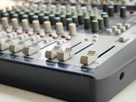 console de mixagem de áudio e som