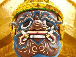 bangkok, tailândia, 2021 - detalhe da obra de arte de wat phra kaew