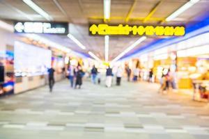 borrão abstrato fundo do interior do aeroporto foto