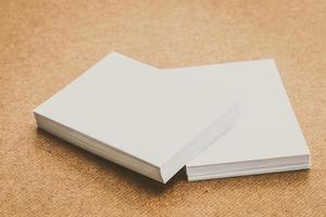 mock up de papel branco
