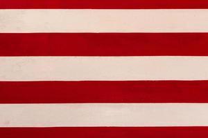 fundo de textura de pintura de linha vermelha e branca