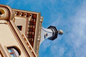 arquitetura de construção de telhados na cidade de bilbao, espanha foto