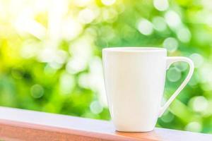 xícara de café branco foto