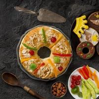 comida epifania feliz, vista de cima foto