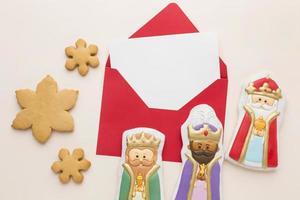estatuetas comestíveis de biscoito da realeza