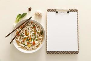 conceito de comida deliciosa plana leigos com espaço de cópia foto
