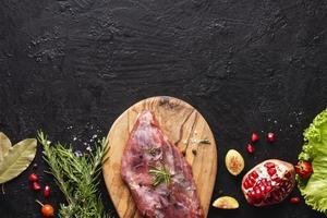 conceito de carne plana leigos com espaço de cópia foto