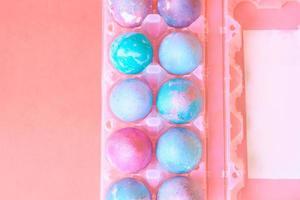 ovos de páscoa com padrão espacial intergaláctico foto