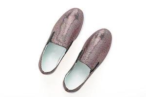 sapatos isolados no fundo branco foto