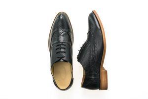 sapatos de couro preto foto