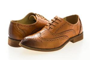 sapatos de couro marrom foto