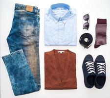 lindo conjunto de roupas da moda para homens foto