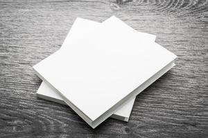 mock up livro branco em branco