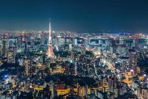 paisagem urbana de Tóquio à noite foto