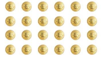 grupo de moedas bitcoin isoladas no fundo branco foto