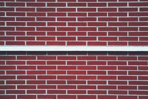 fachada de prédio com parede vermelha foto
