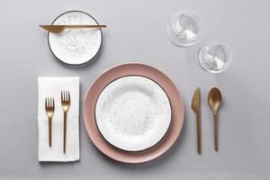 configuração de mesa ouro e rosa