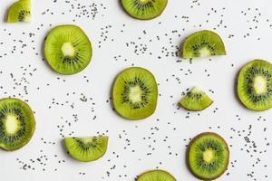 kiwi flat lay foto