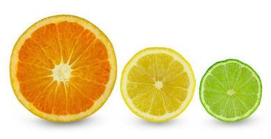 três frutas cítricas foto