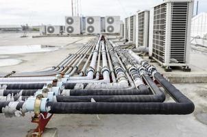 linha de tubulação do sistema de ar condicionado foto