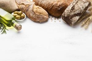 conceito de pão de vista superior com espaço de cópia foto
