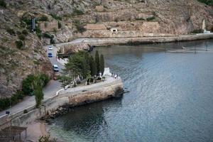 a baía é balaklava - o marco histórico da criméia. foto