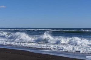 paisagem marinha com vista para a praia khalaktyrka foto