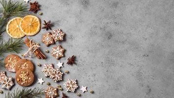 biscoitos de gengibre de vista superior com espaço de cópia cítrica. conceito de foto bonita de alta qualidade e resolução