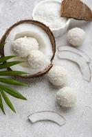 acima ver doce de coco sem açúcar foto
