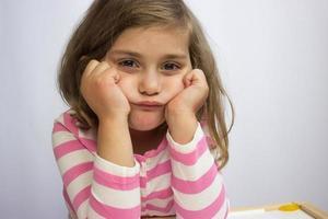 retrato de uma garota em tempo limite foto
