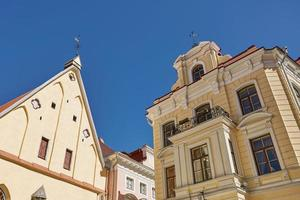 arquitetura do centro da cidade velha de tallinn na estônia foto